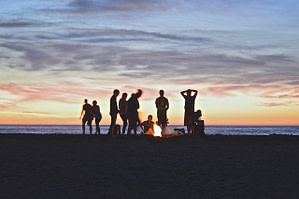Campfire Beach People Party Sunset  - Free-Photos / Pixabay